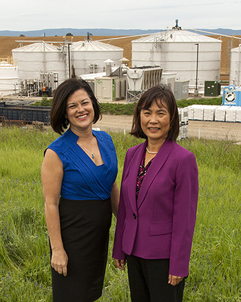 Michele Wong (left), president and CEO of CleanWorld, and UC Davis professor Ruihong Zhang have worked as partners to commercialize anaerobic digester technology. (John Stumbos | UC Davis)