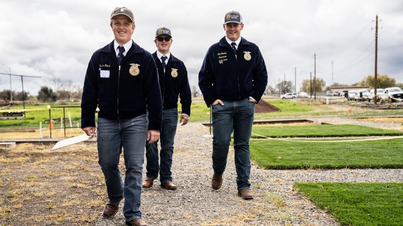 FFA Contestants in Uniform