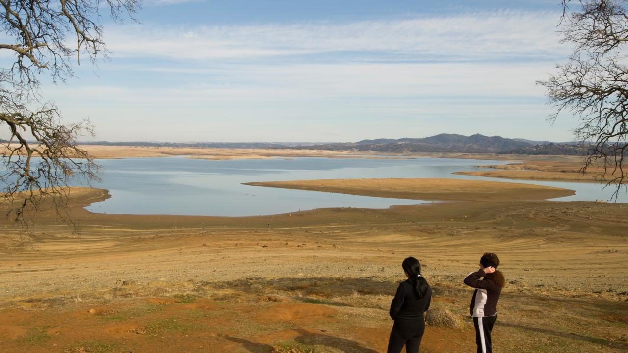 View of Folsom Lake and Mormon Island during a drought from Beal's Point in Granite Bay, California in February 2014. (Photo Credit: Karin Higgins/UC Davis)